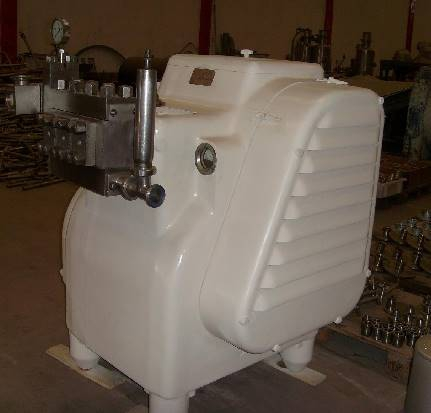 APV GAULIN M6 MILK HOMOGENIZER